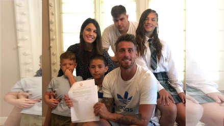 Oficial: Germán Denis renovó con Universitario de Deportes y lo celebró con su familia