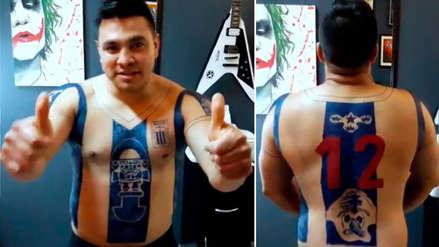 Video | Hincha se tatuó la camiseta de Alianza Lima en todo el cuerpo