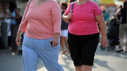 La población de Estados Unidos se ha vuelto más obesa y baja desde 1999