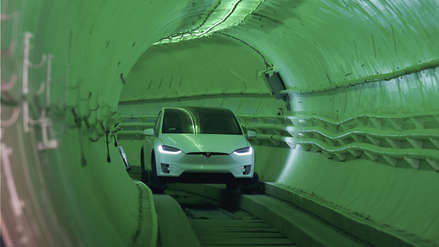 Elon Musk presentó su impresionante túnel subterráneo de transporte para autos [FOTOS]