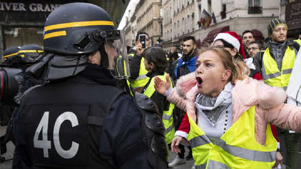 Los 'Chalecos amarillos' pierden fuerza en sexto sábado de protestas contra Macron