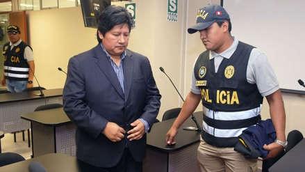 Edwin Oviedo fue trasladado de emergencia al Hospital Dos de Mayo