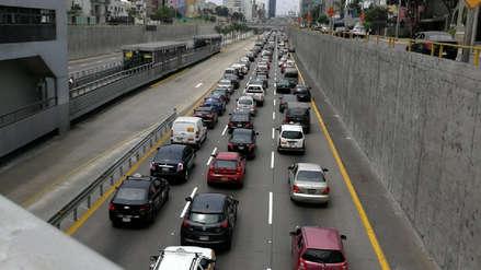 Cierre sorpresivo de la Vía Expresa genera caos vehicular