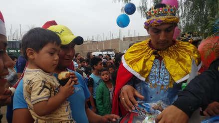 Reyes Magos, Robocops y la Policía Canina alegran la Navidad de 600 niños de Lambayeque
