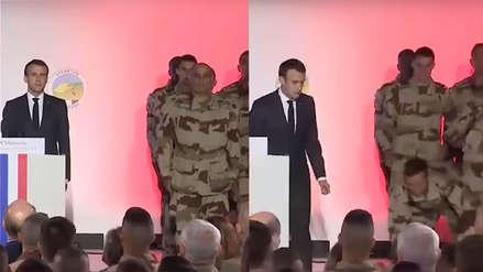 El desconcertante momento en que soldado francés se desmaya delante del presidente Macron [VIDEO]
