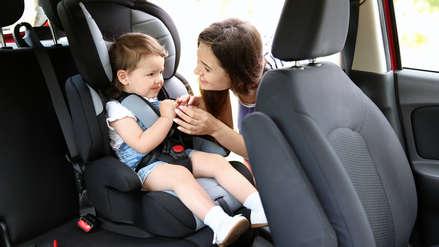 Aprende cómo llevar a niños en el auto de manera segura