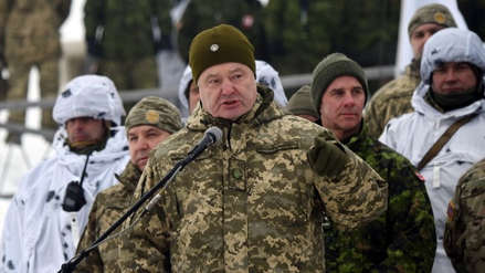 Poroshenko anunció el fin del estado de excepción en Ucrania