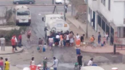 Sedapal estableció puntos de distribución de agua potable por corte en San Juan de Miraflores