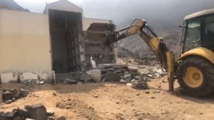 Municipalidad de Comas demolió el mausoleo senderista