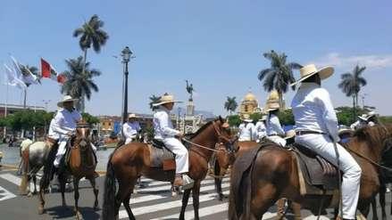 Con caballos de paso Trujillo celebra los 198 años de su independencia