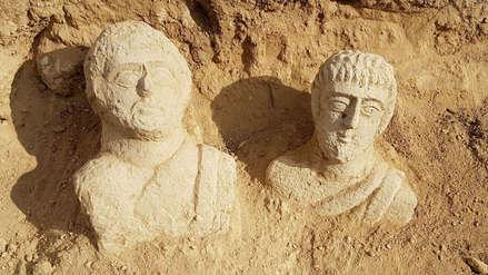 Arqueólogos hallaron dos bustos funerarios de más de 1,700 años de antigüedad