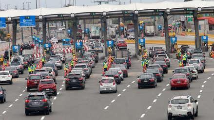 Panamericana Sur: Policía espera que entre 60 mil y 70 mil vehículos retornen mañana a Lima