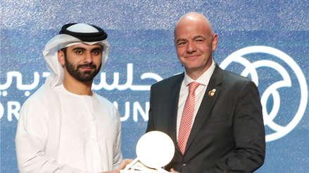 Infantino insistió jugar con 48 selecciones el Mundial de Qatar y en otros países del Golfo