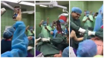 Video | La cuestionada celebración de médicos en una sala de parto durante el primer nacimiento de 2019