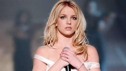 Britney Spears anunció su retiro indefinido de la música en medio de una crisis familiar