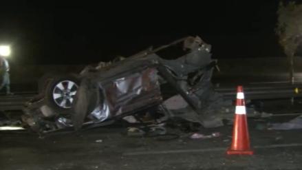Cinco integrantes de una familia murieron en un accidente vehicular en la Panamericana Sur
