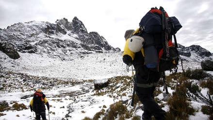 Tres turistas españoles y un guía de montaña murieron al descender de un nevado en Áncash