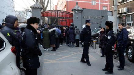 Un hombre atacó con un martillo e hirió a 20 niños en un colegio de China