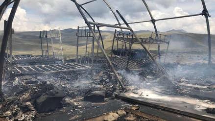 Cusco: Pobladores incendiaron dos carpas policiales tras enfrentamientos