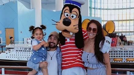 Karen Schwarz y Ezio Oliva sorprenden a su pequeña hija con un viaje por el crucero de Disney [FOTOS]