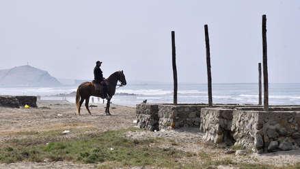 Serenazgo patrulla en caballo las huacas de Moche y playa Las Delicias en Trujillo