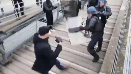 Un 'chaleco amarillo' boxeador que se enfrentó a la Policía a puñetazos causa polémica en Francia [VIDEO]