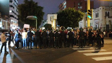 Venezuela responsabilizó a Perú de actos violentos en su embajada en Lima