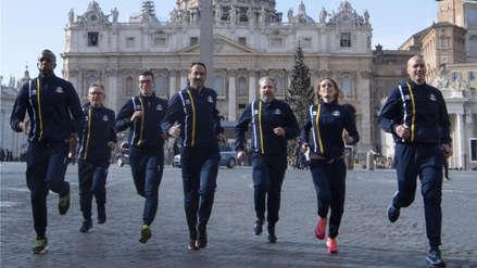 El Vaticano creó un equipo de atletismo con curas, monjas y guardias suizos