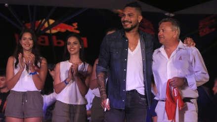 Paolo Guerrero estuvo presente en la ceremonia de clausura del Dakar