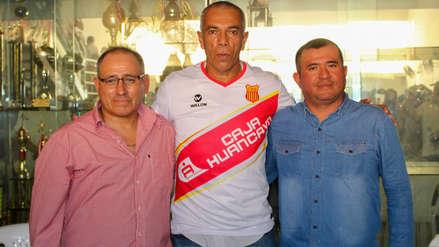 Wilmar Valencia fue presentado como nuevo entrenador del Atlético Grau