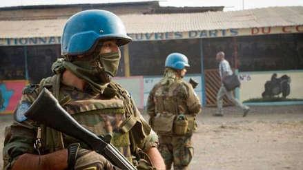 Diez cascos azules muertos y 25 heridos en ataque en Mali