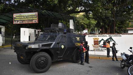 Grupo de militares venezolanos llama a desconocer a Nicolás Maduro como presidente