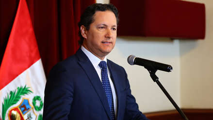 """Daniel Salaverry sobre denuncias contra Héctor Becerril y sus hermanos: """"Le hacen daño a la imagen del Congreso"""""""