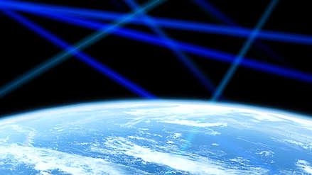 El plan de Facebook para llevar Internet satelital de alta velocidad a través de rayos láser