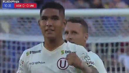 Roberto Siucho marcó el primer gol del año de Universitario ante la Universidad de Chile