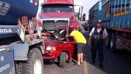 Así fue el triple choque que dejó un herido en la vía de Evitamiento en Trujillo