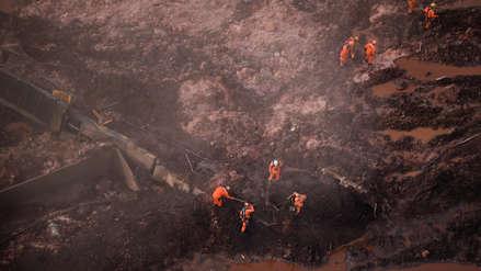 Las impactantes imágenes aéreas del colapso de la represa minera Brasil