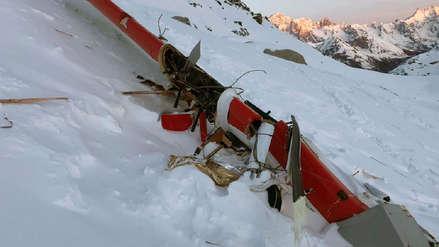 Italia | Cinco personas murieron al chocar un helicóptero y una avioneta en los Alpes