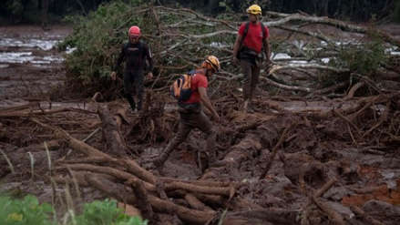 Aumentó a 58 la cifra de muertos tras colapso de represa minera en Brasil