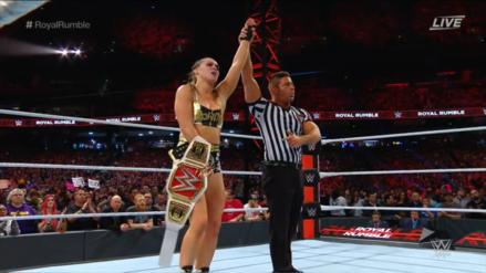 WWE Royal Rumble 2019 | Ronda Rousey vence a Sasha Banks y retiene su título femenino de RAW