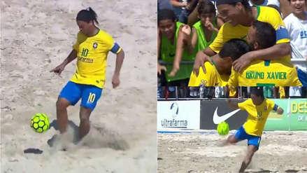 Ronaldinho deslumbró en partido del fútbol playa a sus 38 años