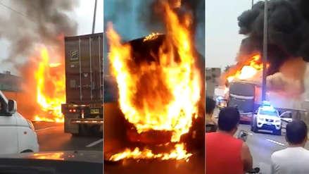 Videos muestran cómo fue el incendio de bus en la Vía Evitamiento