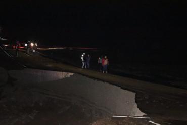 Un huaico bloquea la Panamericana Sur y deja incomunicado a Tacna y Moquegua