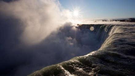 Cataratas del Niágara se congelaron por el 'ciclón bomba' que afecta a EE.UU. y Canadá [FOTOS]
