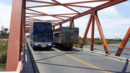 Lambayeque   Vehículos ya pueden transitar por el puente Reque