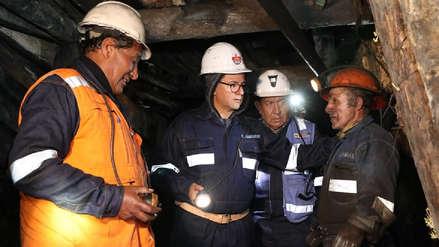Ministro de Energía y Minas llegó a Oyón para supervisar rescate de mineros atrapados