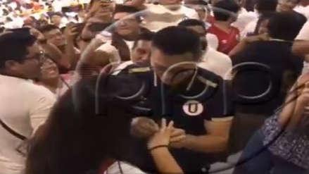Universitario de Deportes: hincha le pidió matrimonio a su novia en plena Noche Crema
