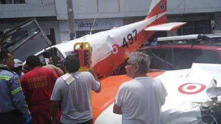 Todo lo que se sabe sobre la caída de una avioneta en la cuadra 6 de la avenida Surco