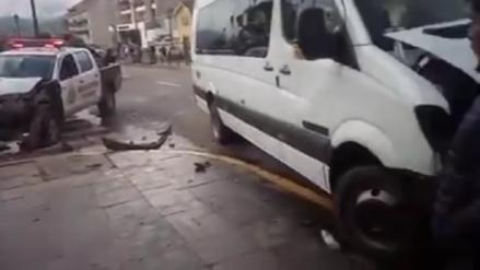 Investigan choque entre patrullero y vehículo turístico en Cusco