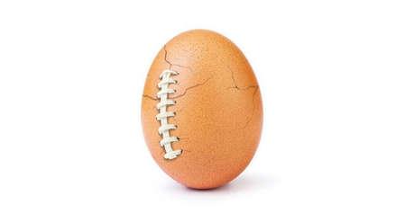 """El huevo de Instagram se quebró en el """"Super Bowl"""" por una buena causa"""